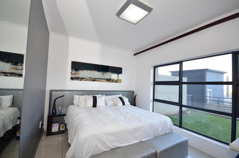 Property For Rent in Morningside, Sandton 9
